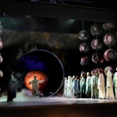 Opera walcząca